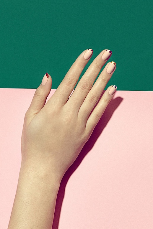 Le-Fashion-Blog-3-Manicures-To-Try-Now-Pink-Metallic-Tip-French-Manicure-Via-Harpers-Bazaar
