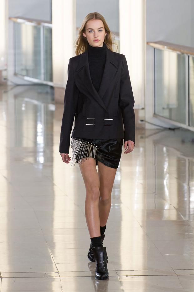 anthony-vaccarello-autumn-fall-winter-2015-pfw30