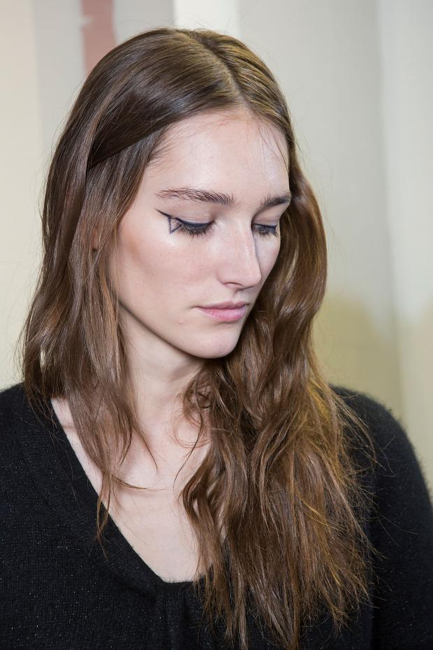 anthony-vaccarello-beauty-autumn-fall-winter-2015-pfw1
